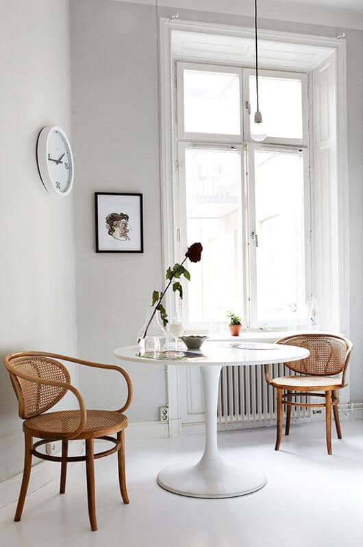Modern Minimalist Decor Breakfast Nook