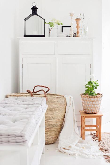 Modern Minimalist Decor Living Room