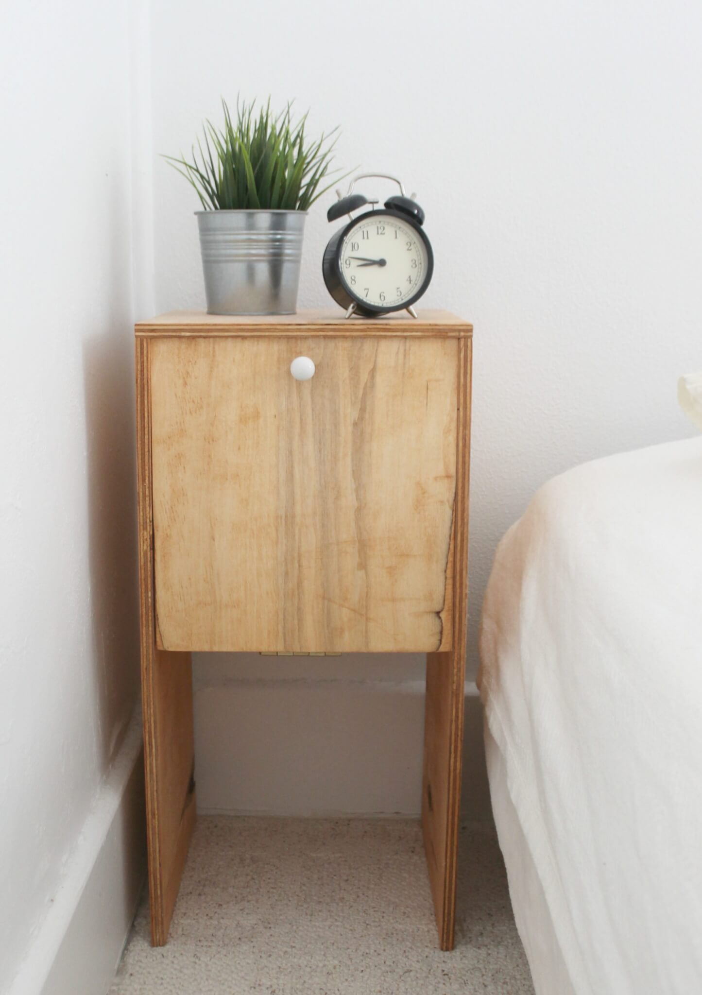 Diy 12 plywood nightstands the definery co for Diy small nightstand