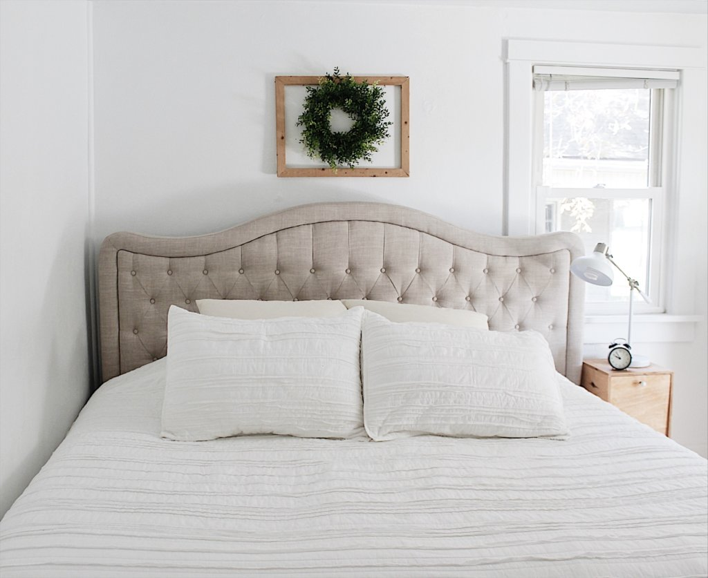 white farmhouse bedroom
